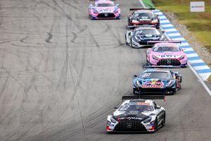 Lucas Auer, Mercedes AMG Team Winward Mercedes AMG GT3, Liam Lawson, AF Corse Ferrari 488 GT3 Evo, Daniel Juncadella, Mercedes-AMG Team GruppeM Racing Mercedes AMG GT3