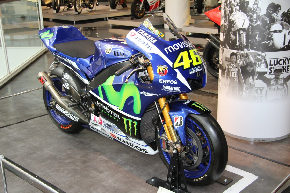 2015_Yamaha YZR-M1