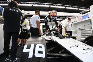 Edoardo Mortara, Venturi Racing, climbs into his seat