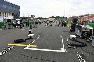 Mercedes-uitrusting op de grid