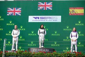 Alice Powell, Jamie Chadwick and Nerea Marti on the podium