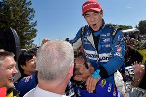 Takuma Sato, Rahal Letterman Lanigan Racing Honda celebrates the win in victory lane