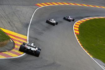 Brendon Hartley, Toro Rosso STR13, Romain Grosjean, Haas F1 Team VF-18, et Kevin Magnussen, Haas F1 Team VF-18