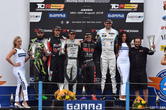 Podium: Stefano Comini, THX Racing Civic Type R TCR, Giovanni Altoè, Pit Lane Competizioni Audi RS3 LMS TCR, Mikel Azcona, PCR Sport Cupra TCR, Attila Tassi, Hell Energy Racing with KCMG Honda Civic Type R TCR, Dusan Borkovic, Target Competition Hyundai i30 N TCR