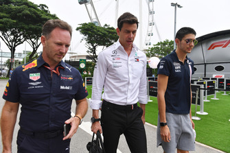 Christian Horner, teambaas Red Bull Racing, Toto Wolff, Mercedes AMG F1 en Esteban Ocon, Racing Point Force India F1 Team