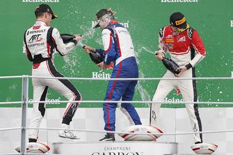 Podium: race winner David Beckmann, Trident, second place Anthoine Hubert, ART Grand Prix, third place Callum Ilott, ART Grand Prix