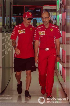 Kimi Raikkonen, Ferrari and Carlo Santi, Race Enginneer Ferrari