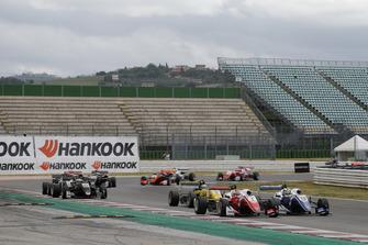 Guanyu Zhou, PREMA Theodore Racing Dallara F317 - Mercedes-Benz, Robert Shwartzman, PREMA Theodore Racing Dallara F317 - Mercedes-Benz
