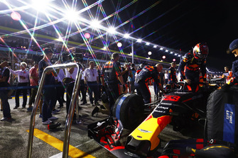 Max Verstappen, Red Bull Racing RB14, op de grid