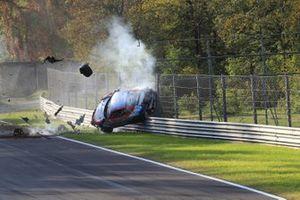 Choque del #312 Ombra Racing, Porsche 991 4.0: Leonardo Caglioni, Adriano Pan