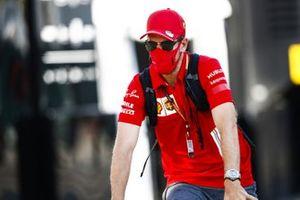 Sebastian Vettel, Ferrari arrives on a bike