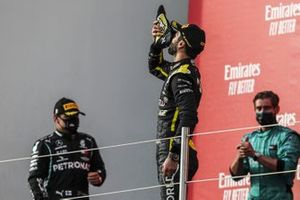 Daniel Ricciardo, Renault F1, 3rd position, does a shoey on the podium