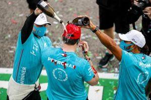 Race Winner Lewis Hamilton, Mercedes-AMG F1, second place Valtteri Bottas, Mercedes-AMG F1, Toto Wolff, Executive Director (Business), Mercedes AMG celebrates the seventh constructors title