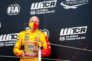 Podium: Tom Coronel, Comtoyou DHL Team Audi Sport Audi RS3 LMS