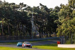 Gabriele Tarquini, BRC Hyundai N LUKOIL Squadra Corse Hyundai i30 N TCR, Santiago Urrutia, Cyan Performance Lynk & Co 03 TCR
