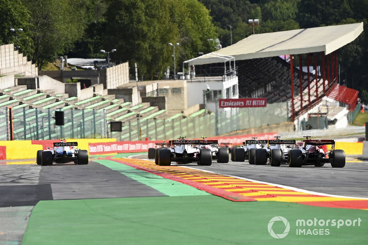 Nicholas Latifi, Williams FW43, Kevin Magnussen, Haas VF-20, Romain Grosjean, Haas VF-20, Kimi Raikkonen, Alfa Romeo Racing C39