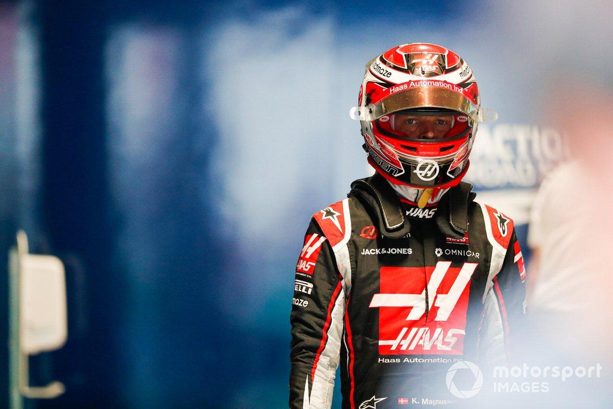 Kevin Magnussen, Haas F1, nel Parc Ferme