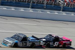 Johnny Sauter, ThorSport Racing, Ford F-150 Vivitar, Chandler Smith, Kyle Busch Motorsports, Toyota Tundra iBUYPOWER