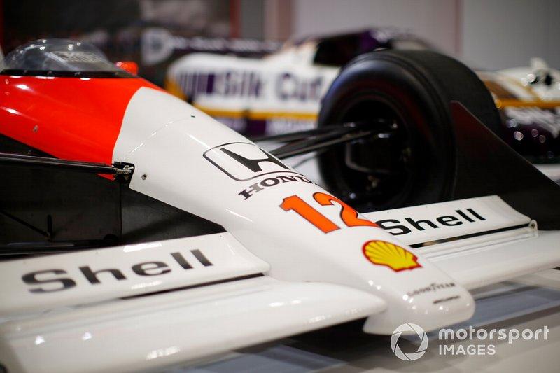 Detalle de la nariz del McLaren MP4/4 de Ayrton Senna