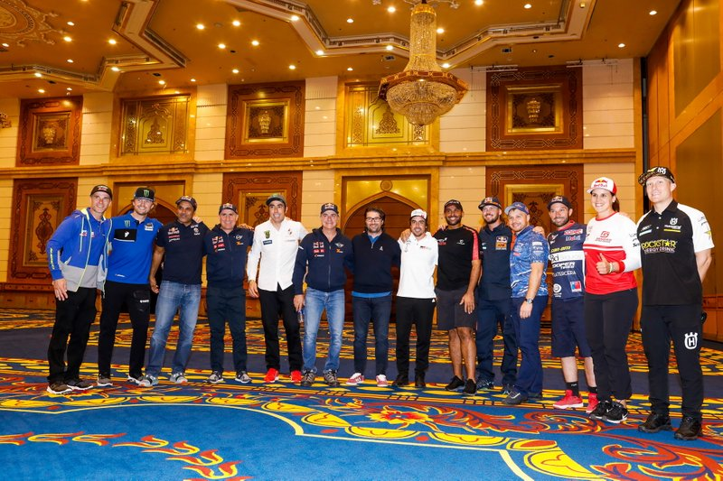 Michael Metge, Sherco TVS Rally Factory, Adrien Van Beveren, Yamalube Yamaha Official Rally Team, Nasser Al-Attiyah, Toyota Gazoo Racing, Stephane Peterhansel, JCW X-Raid Team, Nani Roma, Borgward Rally Team, Carlos Sainz, JCW X-Raid Team, Castera David, director of the Dakar Rally, Fernando Alonso, Toyota Gazoo Racing, Yazeed Al Rajhi, Overdrive Toyota, Toby Price, Red Bull KTM Factory Team, Eduard Nikolaev, Team Kamaz Master, Ignacio Casale, Casale Racing - Dragon Rally Team, Laia Sanz, GAS GAS Factory Team, Andrew Short, Rockstar Energy Husqvarna Factory Racing