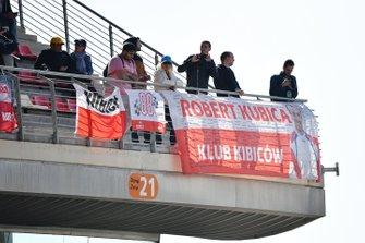 Robert Kubica-fans op de tribune