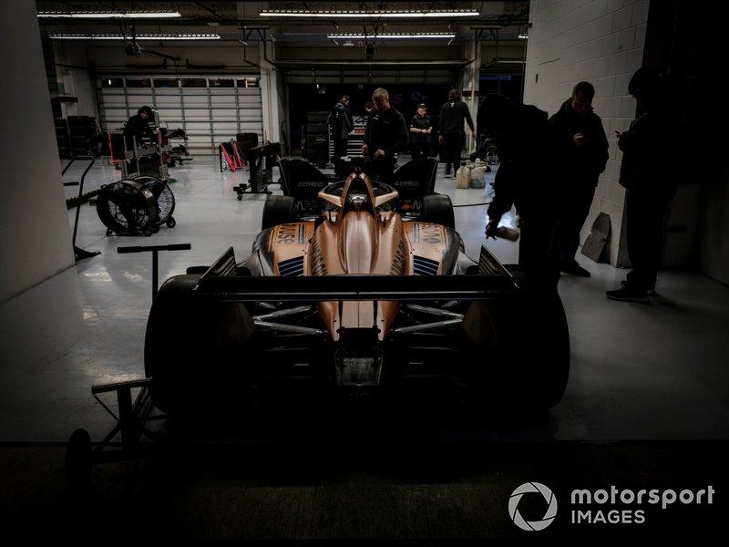 Oliver Askew, Arrow McLaren SP Chevrolet, garage, crew, Pato O'Ward, Arrow McLaren SP Chevrolet