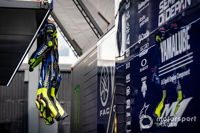 Valentino Rossi, Yamaha Factory Racing's leathers