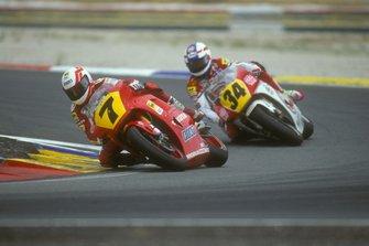Eddie Lawson, Cagiva and Kevin Schwantz, Suzuki