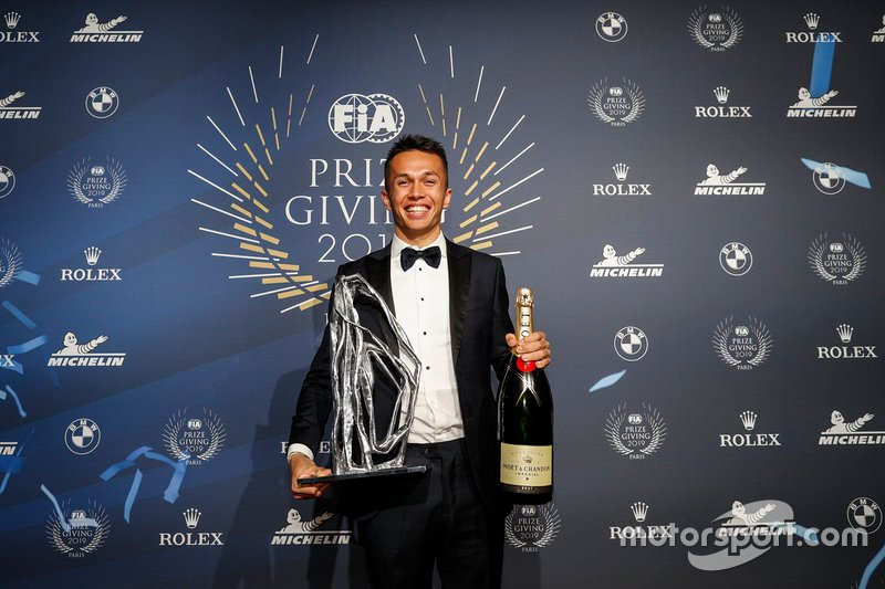 Alex Albon, Novato del Año de la FIA