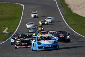 #200 Porsche Cayman GT4: Volker Wawer, Achim Wawer, Markus Schmickler