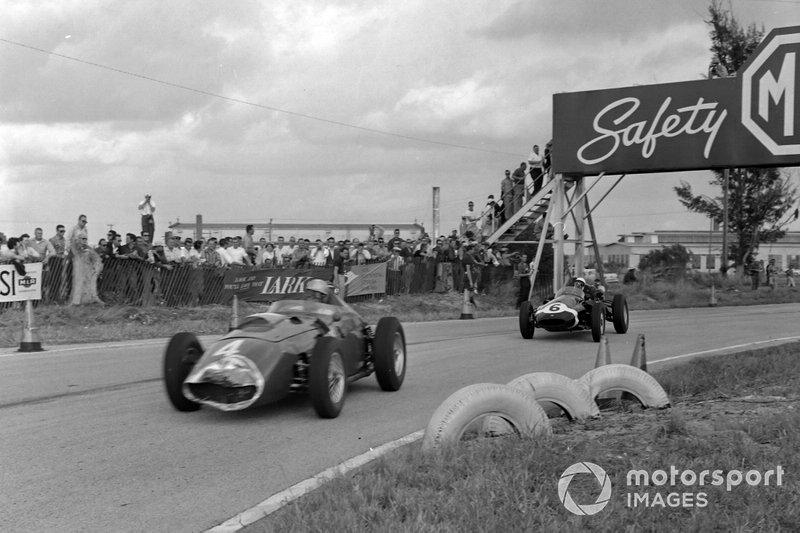 Wolfgang von Trips, Ferrari 246, leads Maurice Trintignant, Cooper T51 Climax