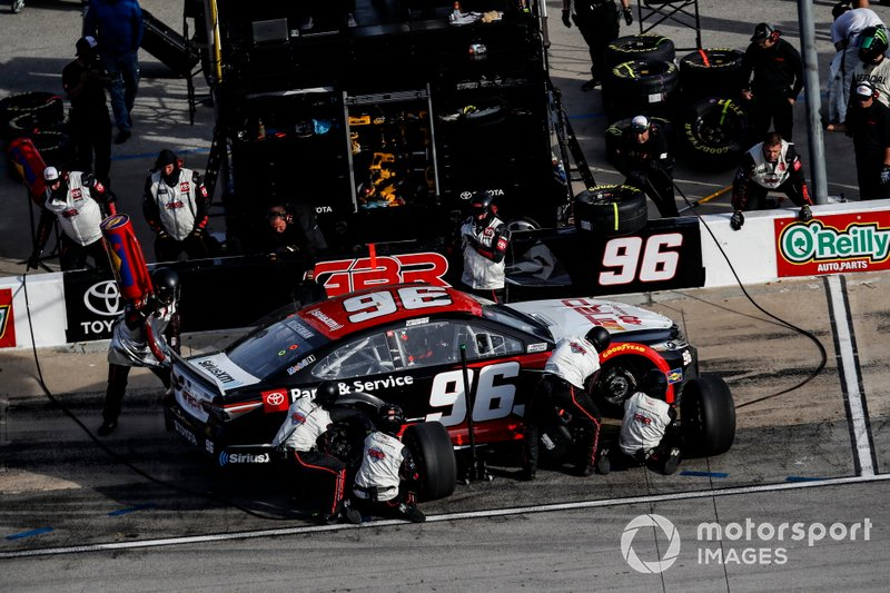 Parker Kligerman, Gaunt Brothers Racing, Toyota Camry TRD 40th Anniversary, pit stop