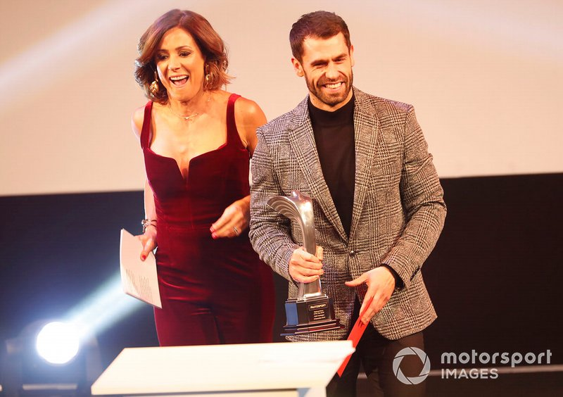 Colin Turkington recibe el Premio al Piloto Nacional del Año