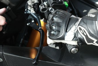 Cal Crutchlow, Team LCR Honda handlebar levers detail