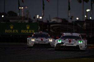 #911 Porsche GT Team Porsche 911 RSR: Nick Tandy, Frederic Makowiecki, Matt Campbell, #912 Porsche GT Team Porsche 911 RSR: Earl Bamber, Laurens Vanthoor, Mathieu Jaminet