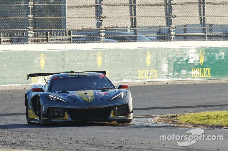 #4 Corvette Racing Corvette C8.R: Oliver Gavin, Tommy Milner, Marcel Fässler
