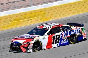 Kyle Busch, Joe Gibbs Racing, Toyota Camry Snickers White