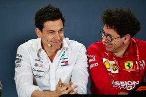 Toto Wolff, Executive Director (Business), Mercedes AMG, en Mattia Binotto, teambaas Ferrari