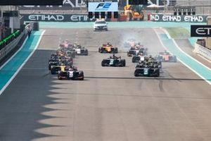 Start der Formel 2 2019 in Abu Dhabi: Giuliano Alesi, Trident, führt
