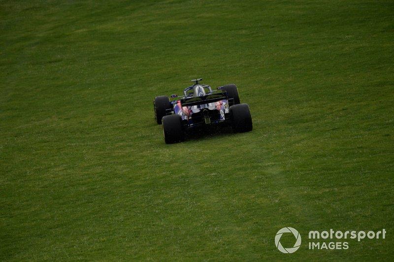 Daniil Kvyat, Toro Rosso STR14, fuori pista