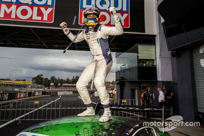 Winner #7 Bentley Team M-Sport Bentley Continental GT3: Jules Gounon