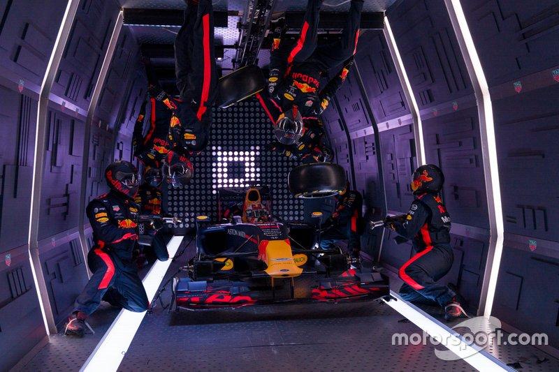 Red Bull zero-g pitstop