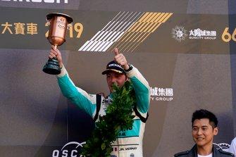 Podium: derde Jean-Karl Vernay, Leopard Racing Team Audi Sport Audi RS 3 LMS