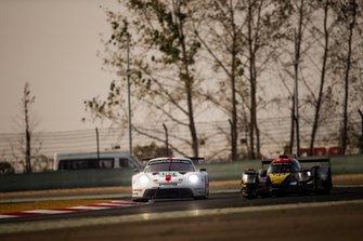 #92 Porsche GT Team Porsche 911 RSR - 19: Michael Christensen, Kevin Estre, #37 Jackie Chan DC Racing Oreca 07 - Gibson: Ho-Pin Tung, Gabriel Aubry, Will Stevens
