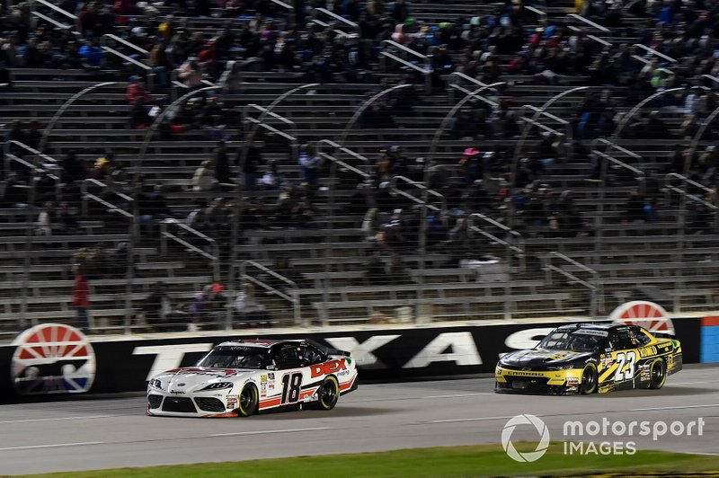 Harrison Burton, Joe Gibbs Racing, Toyota Supra Dex Imaging, John Hunter Nemechek, GMS Racing, Chevrolet Camaro Romco Equipment Co.