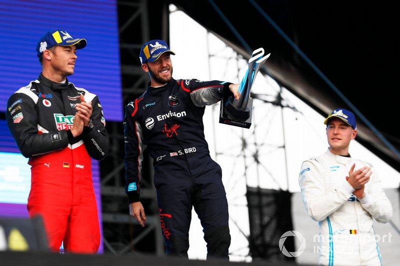 Andre Lotterer, Porsche, Porsche 99x Electric, Sam Bird, Virgin Racing, Audi e-tron FE06, Stoffel Vandoorne, Mercedes Benz EQ, EQ Silver Arrow 01, on the podium