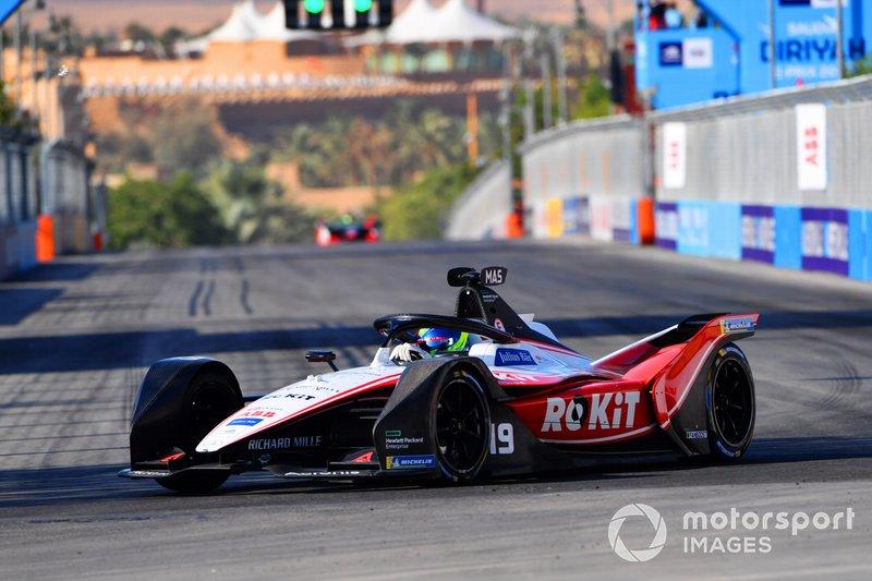 18º Felipe Massa, Venturi, EQ Silver Arrow 01