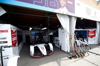 Tag Heuer Porsche garages