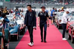 Alexander Albon, Red Bull Racing and Max Verstappen, Red Bull Racing on the drivers parade