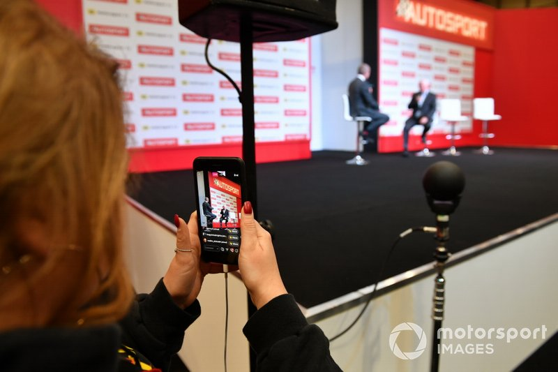 Live streaming interviews on the Autosport stage